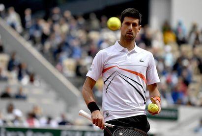 """Djokovic evita el """"efecto Federer"""" ante Carreño y pasa a cuartos de final en Cincinnati"""