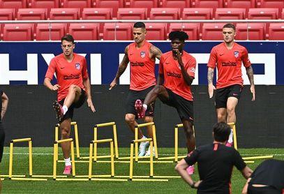 Diego Costa y Thomas se entrenan aparte en la última sesión de la semana