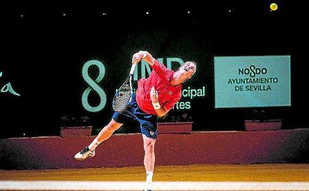 El tricampeón de la Copa Sevilla, Dani Gimeno, se despide en segunda ronda.