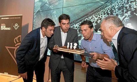 El Betis celebró su cumpleaños.