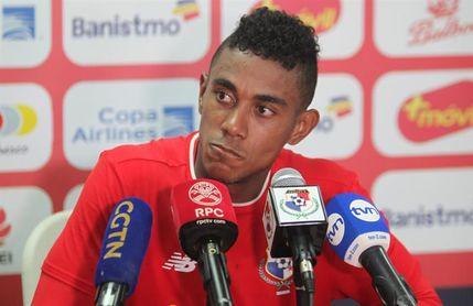 El panamaeño Yoel Bárcenas, premio al más corredor del Oviedo