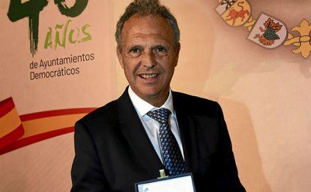 Joaquín Caparrós forma parte del organigrama del Sevilla FC.