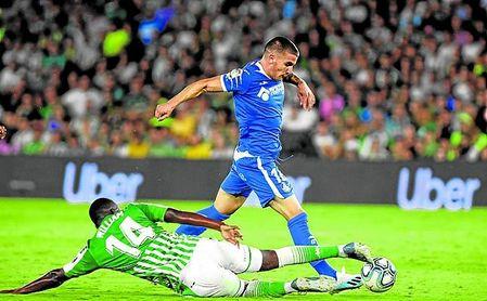 Carvalho fue expulsado tras recibir un mal pase de Kaptoum.