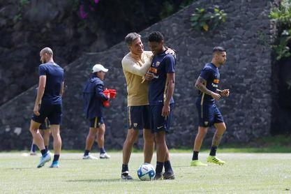 Los Pumas UNAM de Míchel reciben al Cruz Azul en esperado duelo