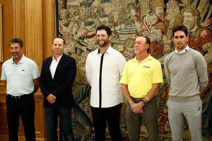 El rey recibe en Zarzuela a los principales golfistas españoles