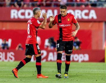 Mallorca y Espanyol pugnan por salir del pozo en Son Moix