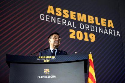 Los socios aprueban retirar las medallas a Franco y no apoyan el voto electrónico