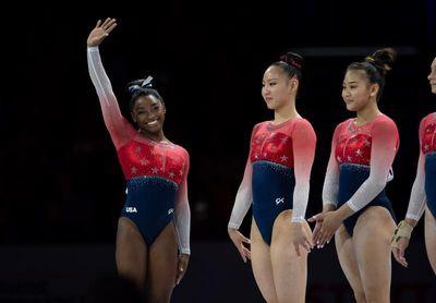 Biles convierte en inaccesible al equipo de EE.UU., de nuevo campeón mundial