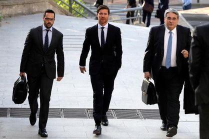 """Xabi Alonso: """"No hay acuerdo de última hora"""""""