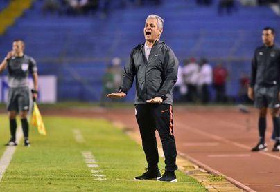 Chile busca reencontrarse con la victoria y los goles ante Guinea