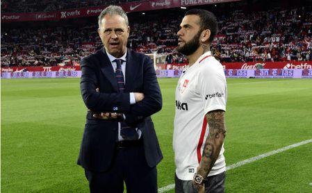 Dani Alves prefiere Sevilla a Barcelona o París