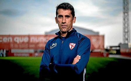 Paco Gallardo, técnico del Sevilla Atlético, durante su entrevista a ESTADIO Deportivo.