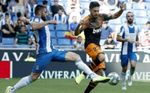 1-2. El Valencia remonta y hunde al Espanyol