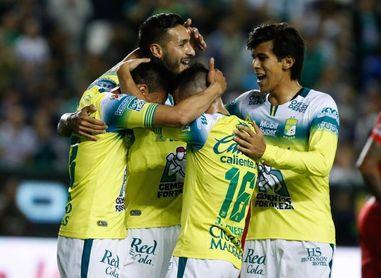 El León atropella al Toluca de Ricardo La Volpe y confirma su clasificación