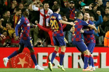 Messi y su 'guante' responden al Real Madrid
