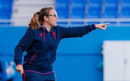 """La entrenadora piensa que la clave del derbi estará en """"el control de las emociones""""."""