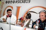 Borja Iglesias, con los compañeros de Radio Marca en el SICAB.