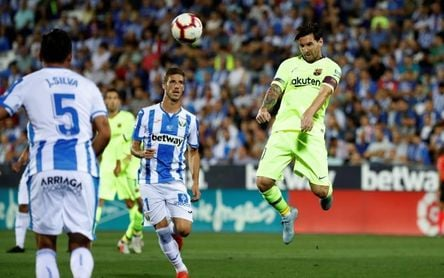 Un Barça sin laterales pone a prueba su liderato ante el colista Leganés