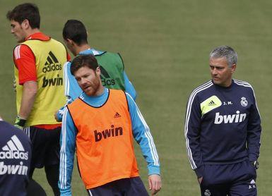 """Xabi Alonso: """"Mourinho es uno de los mejores entrenadores que he tenido"""""""