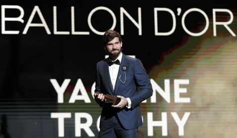 Alisson (Liverpool) gana el primer trofeo Yashin al mejor portero