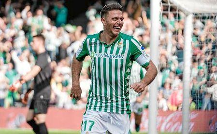 Joaquín celebra uno de sus goles al Athletic Club.