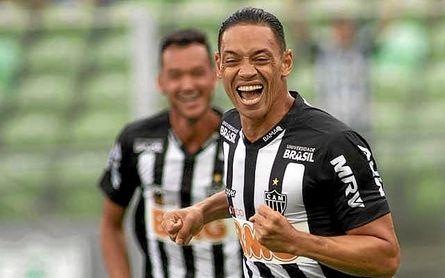 Varios equipos se 'pelean' por Ricardo Oliveira
