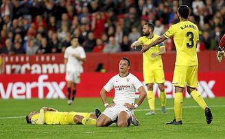 Chicharito, como De Jong, no fue capaz de ponerse de gol.