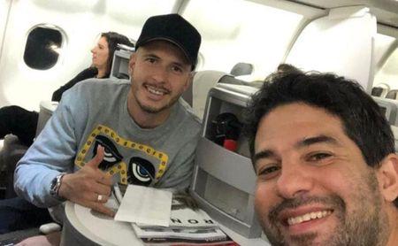 Guido, junto a su agente, Pablo Sabagg.