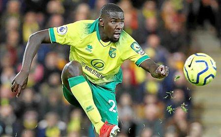 Amadou sólo ha disputado 936 minutos con el Norwich.