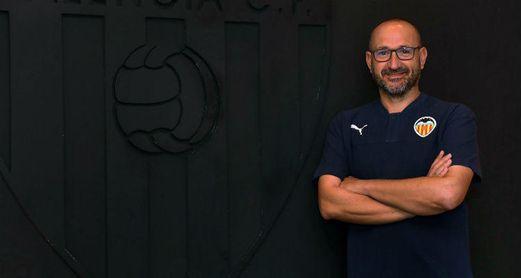 El Valencia anuncia la llegada de José Bargues al banquillo hasta 2021