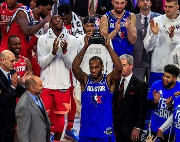 "Leonard gana el primer Premio MVP Kobe Bryant y se lo dedica a la ""Mamba"""