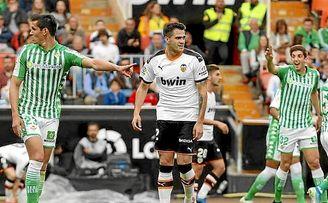 La lesión de Maxi mejoró el Valencia.