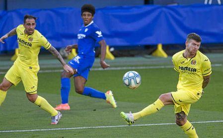 Koundé empezó de lateral ante el Villarreal