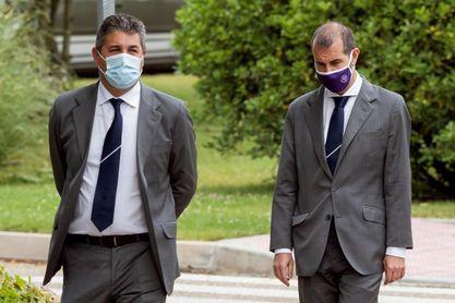 Pasado y presente del Valladolid despiden al expresidente Gonzalo Alonso