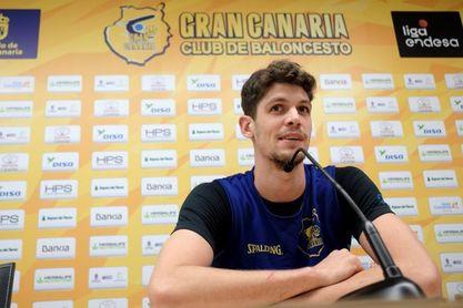 Oriol Paulí considera que la presión del encuentro debe sentirla el Valencia