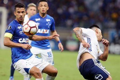 Jugador del Cruzeiro con lesiones leves al caer por barranco de 200 metros
