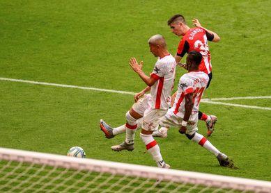 """Sancet ve """"un orgullo ayudar"""" con su primer gol a seguir en la pelea europea"""