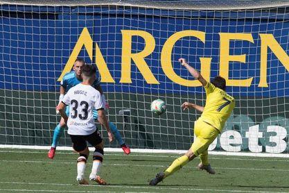 2-0. La solvencia del Villarreal no da opción a un Valencia sin alma