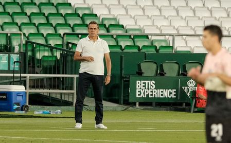 """Alexis: """"Tenemos avanzadas situaciones con el nuevo técnico""""."""