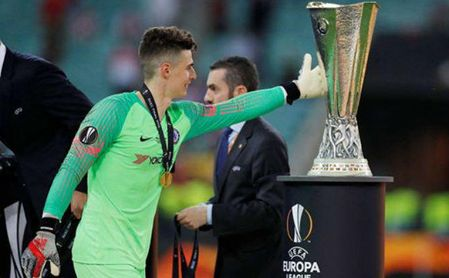 Kepa ya sabe lo que es conquistar una Europa League, la competición fetiche del Sevilla.
