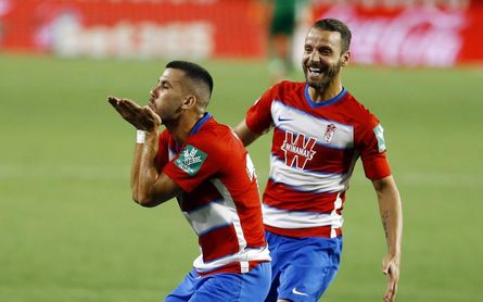 Granada 2-2 Valencia: Europa se aleja