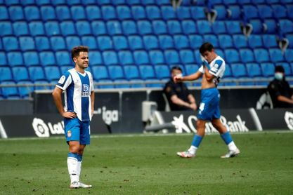 0-2. El Eibar acaricia la permanencia a costa de un Espanyol desaparecido