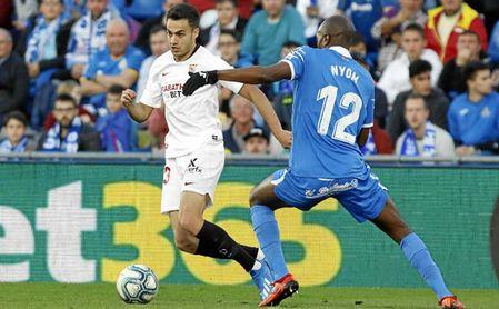 Reguilón no ve con malos ojos jugar otra temporada en el Sevilla.