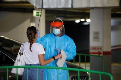 Andalucía alcanza los 60 hospitalizados, 15 más que el sábado pasado y nueve de ellos en UCI