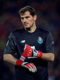 "La prensa inglesa despide a la ""leyenda"" Casillas"