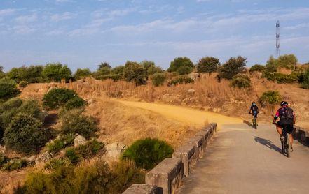 Tercera ruta en Guillena, entre Las Pajanosas y Gerena