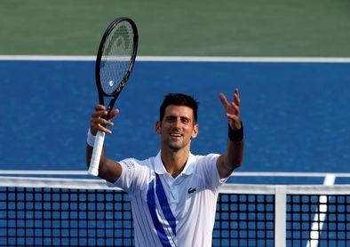 Djokovic derrota a Sandgren y jugará cuartos de final contra Struff