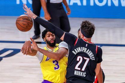 131-122. Davis y James ponen a los Lakers en las semifinales, primera vez desde 2012