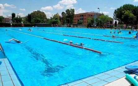 Dos Hermanas amplía el nado libre a todo el mes de septiembre