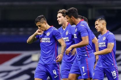 Cruz Azul encabeza torneo de liga en México; francés Gignac a los goleadores